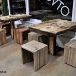 stoličky z orecha a zo slivky